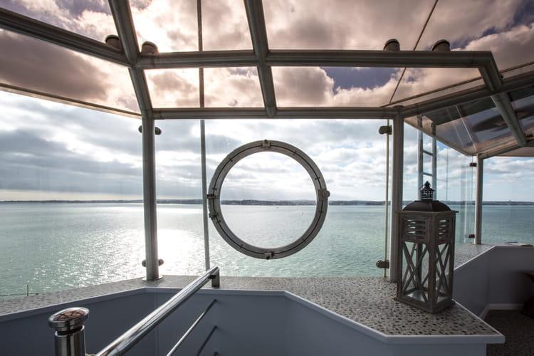 Une vue à 360° sur les eaux environnantes