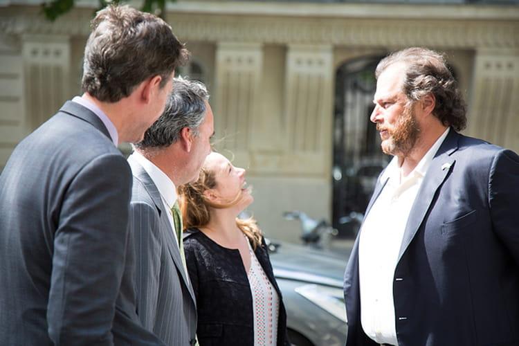 Lors de l'inauguration du centre de R&D, Marc Benioff accueille Axelle Lemaire