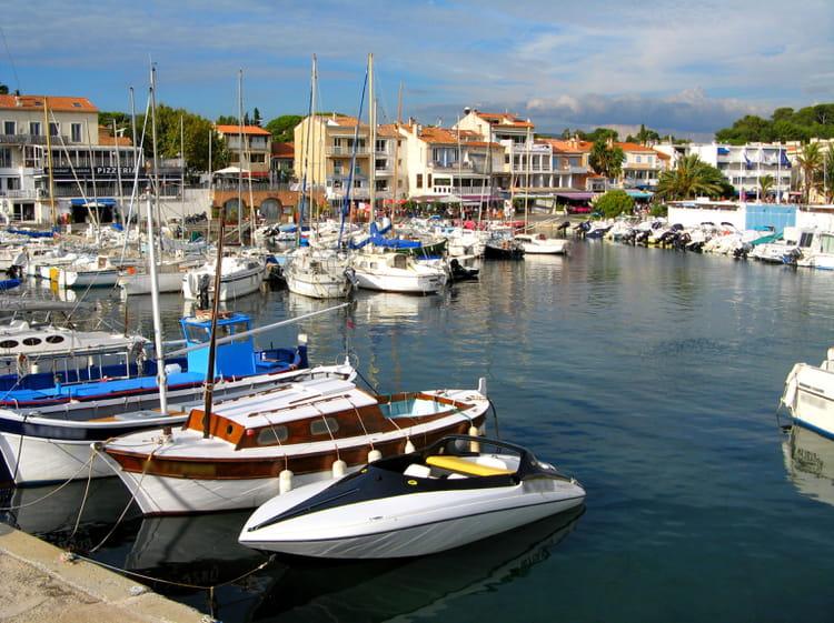28e : Saint-Cyr-sur-Mer (Var), 4 270 euros le mètre carré