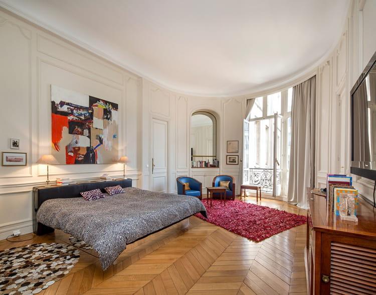 Une suite parentale visitez cet appartement haussmannien de 263 m vendre pour 2 75 for Suite parentale m paris