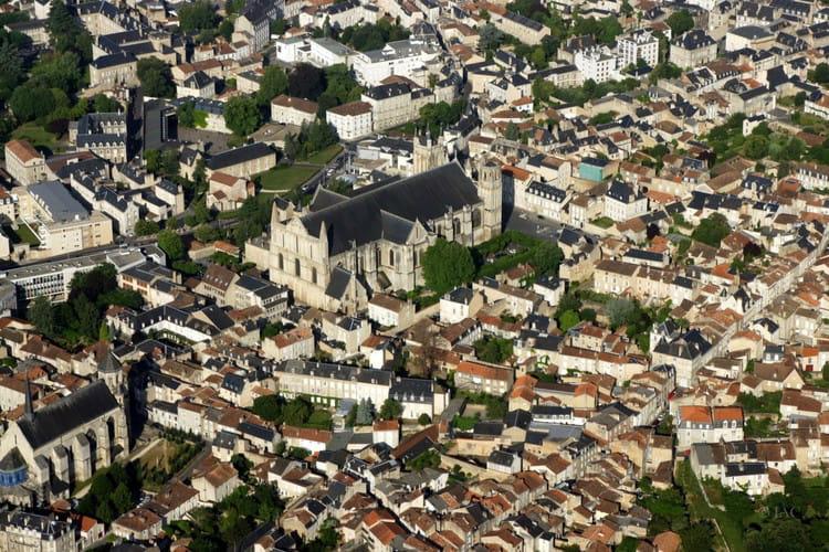 40ème. Poitiers : 30,6% des locaux éligibles au Très Haut Débit
