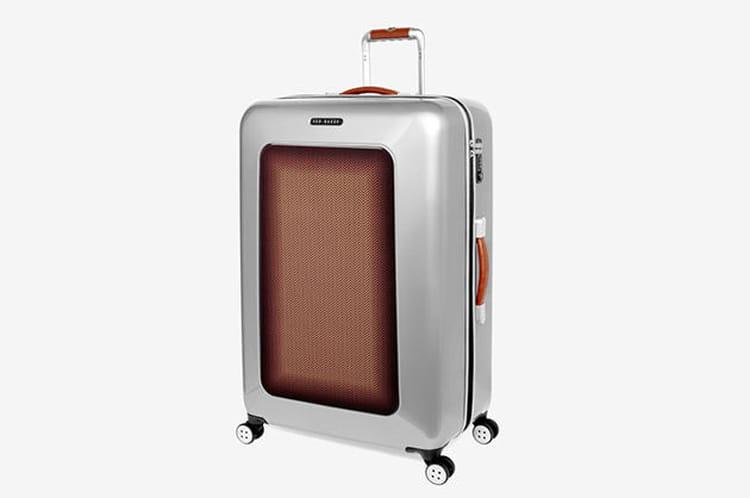 Une valise à roulettes Ted Baker