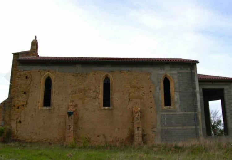 Une chapelle dans les Pyrénées