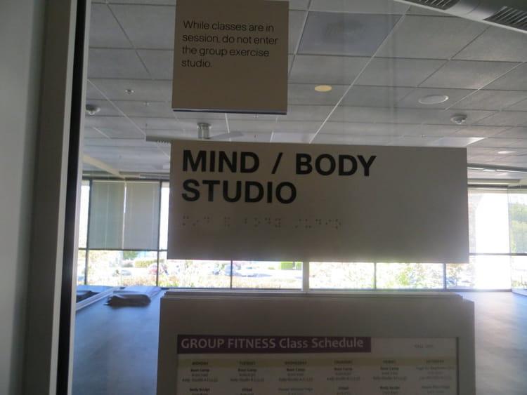Une salle de yoga