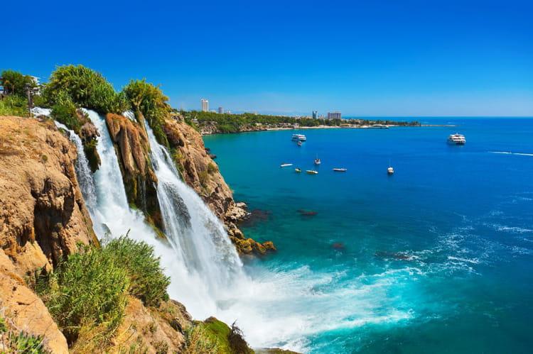 14e : Antalya, Turquie, 100,12 £ (129,41 €)