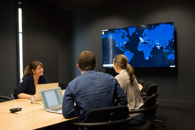 Une newsroom