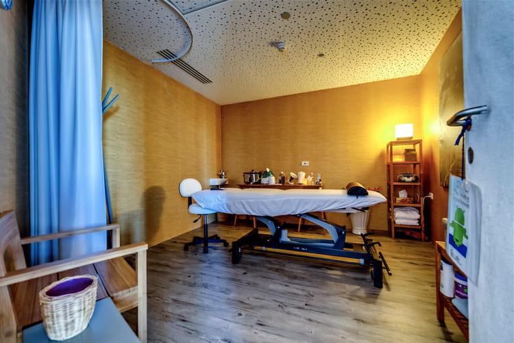 Un salon de massage sur rendez vous d couvrez les spectaculaires bureaux de google tel aviv - Salon de massage belleville ...
