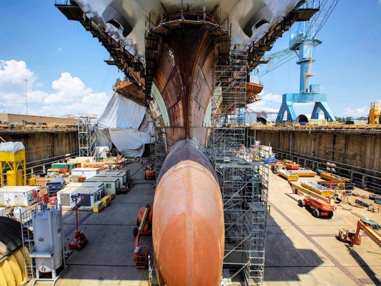 Visitez le chantier du navire le plus cher du monde for Porte avions gerald r ford