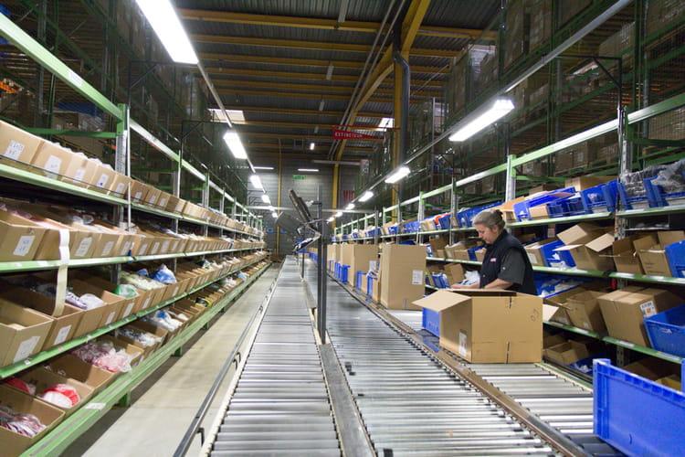 Un centre europ en pour la distribution de pi ces d tach es usine tupperwar - Pieces detachees tupperware ...