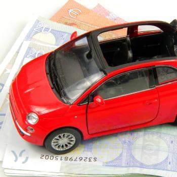 adaptez votre assurance automobile vos usages moins d penser 15 frais courants arr ter. Black Bedroom Furniture Sets. Home Design Ideas