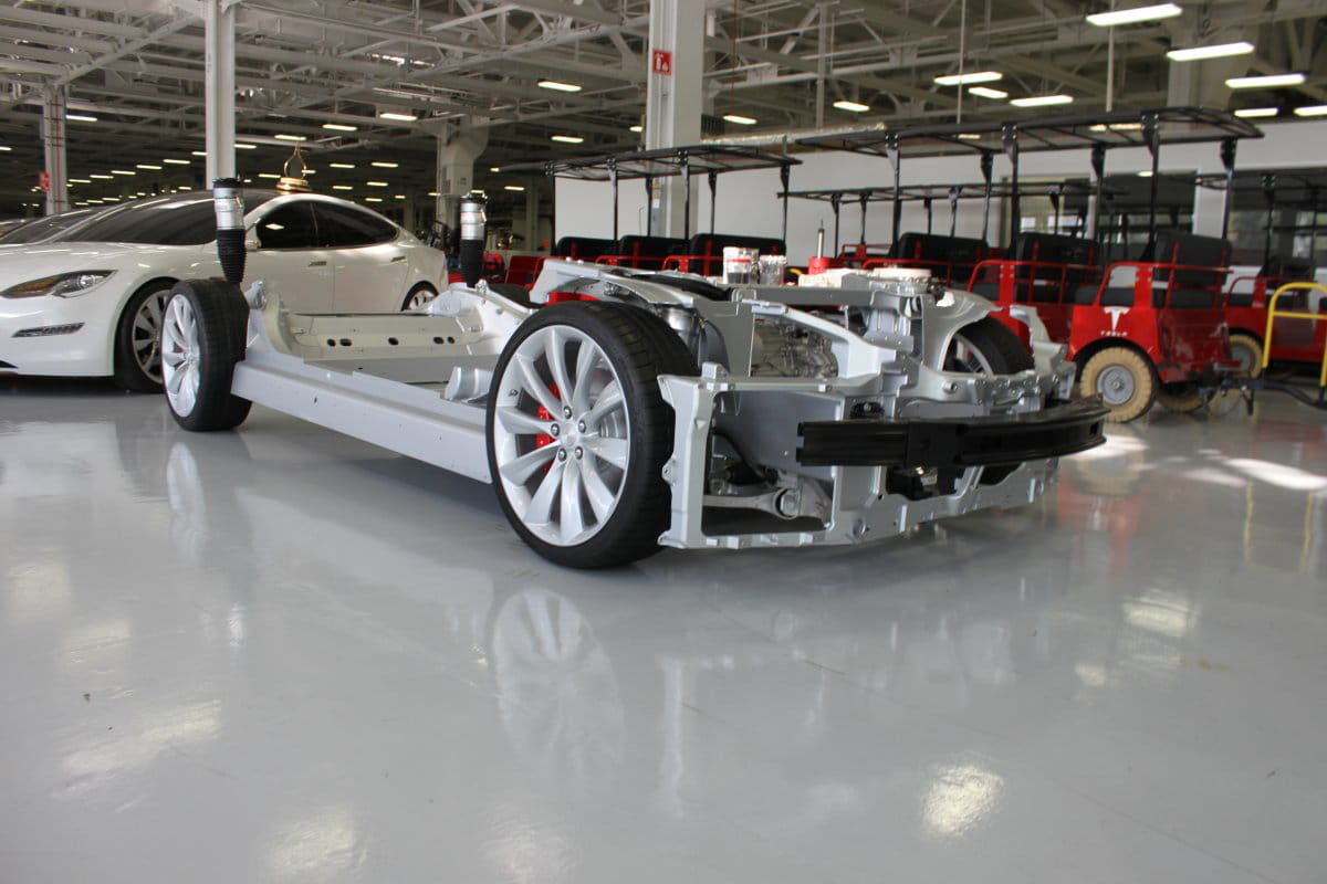 voiture sans carrosserie   tesla   visite en images de l