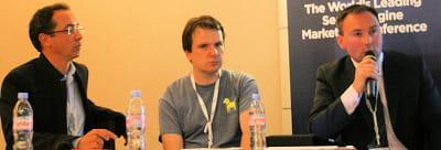 de droite à gauche : bernard lukey, directeur général de yandex europe, fedor
