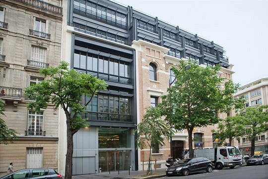 Une architecture moderne bureaux facebook france journal du net