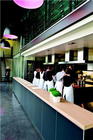 Le scook l 39 cole d 39 anne sophie pic 7 cours de cuisine d - Cours de cuisine pic valence ...