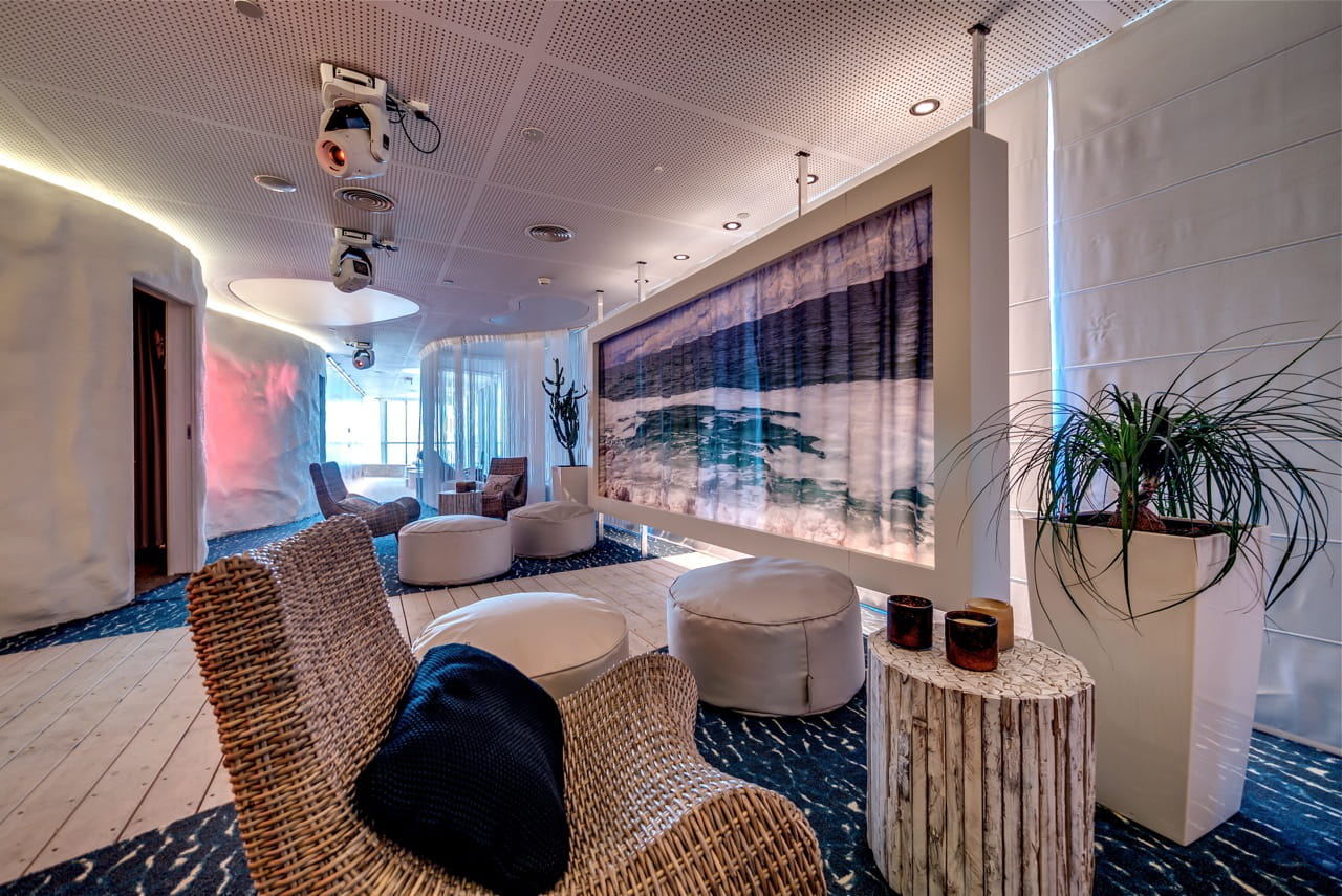 ambiance spa d couvrez les spectaculaires bureaux de. Black Bedroom Furniture Sets. Home Design Ideas