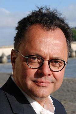 olivier jay, journaliste économique et co-auteur de l'ouvrage.