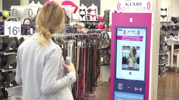 Hobbynote importe le shopping social dans les magasins for Salon conext