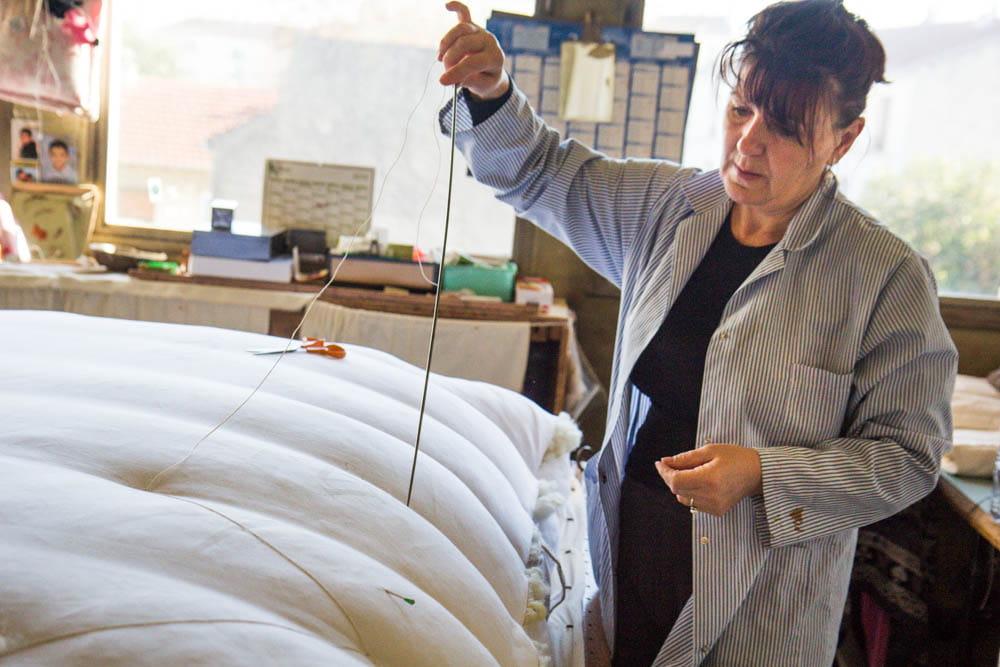 Comment le lit national fabrique les lits des pr sidents jdn - Le lit national prix ...