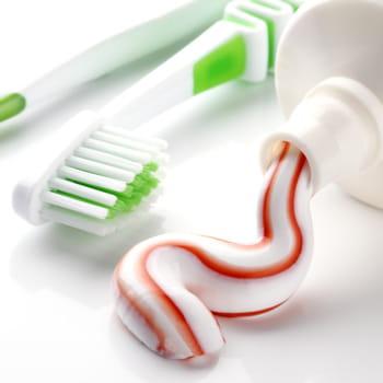 dentifrice et brosse dents 2 06 sur un an les prix en hausse et en baisse en 2013 jdn. Black Bedroom Furniture Sets. Home Design Ideas