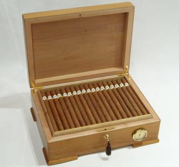 le prix des cigares les plus chers jusqu 39 400 euros pi ce voici les cigares les plus chers jdn. Black Bedroom Furniture Sets. Home Design Ideas