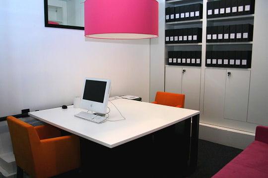 marier les couleurs l 39 envi saguez partners au bureau comme la maison jdn. Black Bedroom Furniture Sets. Home Design Ideas