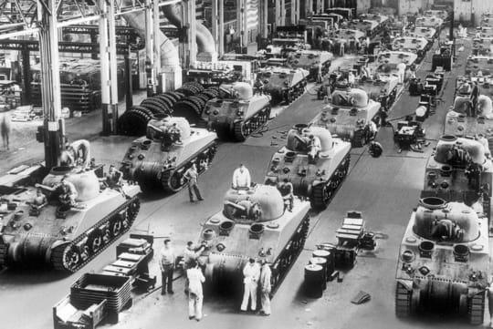 1941   gm se convertit  u00e0 l u0026 39 effort de guerre   general