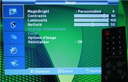 le menu clair du t260 hd, dans lequel on navigue grâce à la télécommande