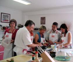 silit donne des cours de cuisine pour vendre ses marmites les bons filons de la vente. Black Bedroom Furniture Sets. Home Design Ideas