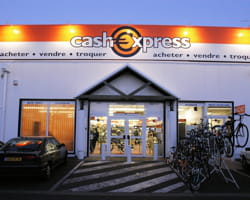 Cash express paie cash cd et dvd luxe mode accessoires for Cash piscine la teste