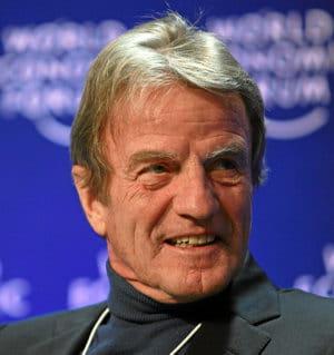 bernard kouchner, ministre des affaires étrangères et européennes.