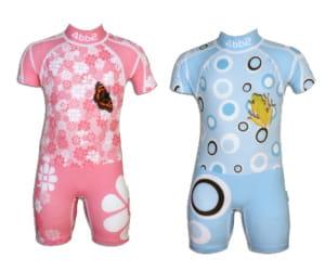 Un maillot de bain pour enfants anti uv les tissus for Tissu anti uv exterieur