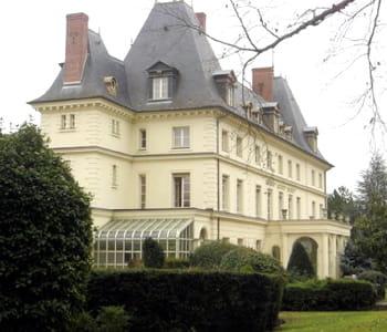 Avec fr migny axa dispose d 39 un ch teau pour sa star academy - Chateau de la star academy ...