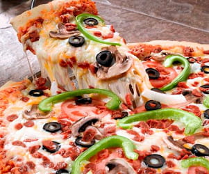 du faux fromage pizza les ingr dients qui font saliver les g ants de l 39 agroalimentaire jdn. Black Bedroom Furniture Sets. Home Design Ideas