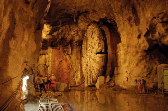 la bataille du tunnelier contre la roche   les tunneliers