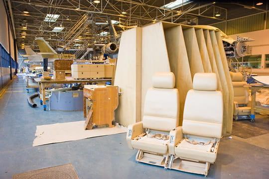 Dassault Falcon Service : démontage d'un avion