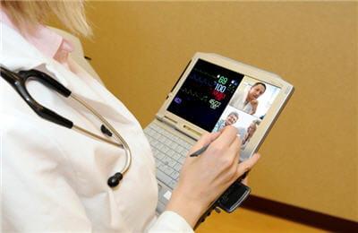 le futur projet de tablette devrait permettre aux équipes médicales de gagner au