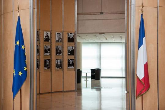Bercy : hall de l'Hôtel des ministres